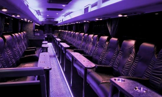 Ga voor € 10.00 mee met de party bus naar Steenwijker Boys – NWVV